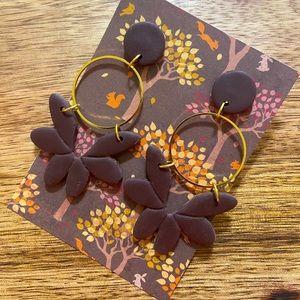 Brown floral dangle earrings
